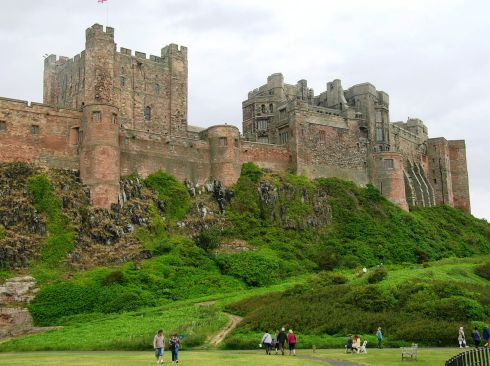 C Krinsky Bamburgh castle 12c to c 1900
